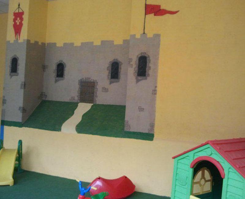 Castillo en la pared mimitos